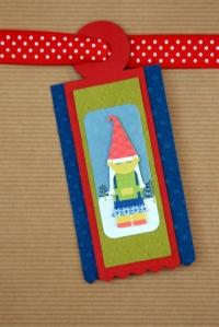 Adorable gnome Christmas tag