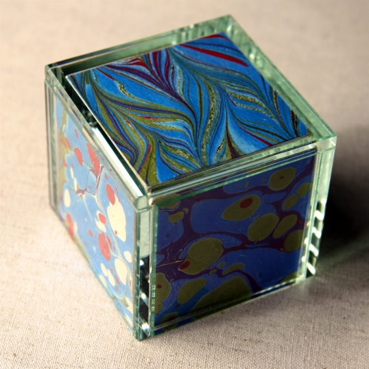 Marbled paper cube