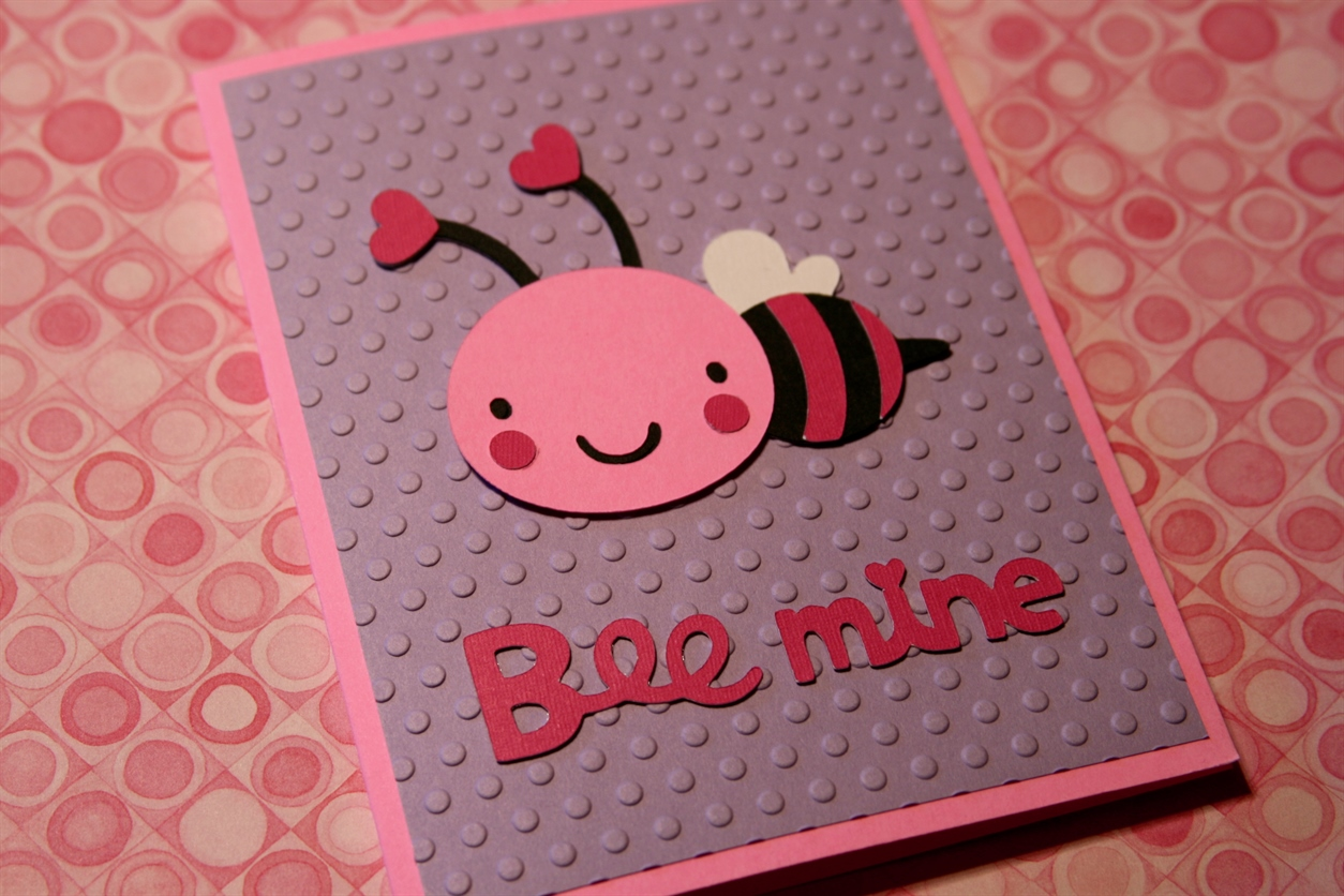 Cricut Friday Valentines Day Card 1 – Bee Mine Valentine Card