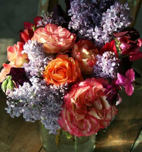 This bouquet has a classic, old world feel.