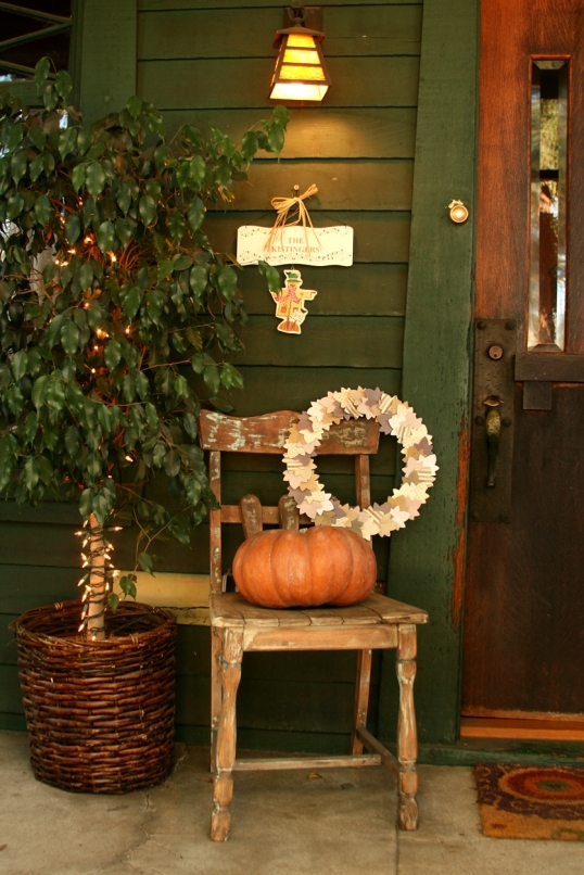 Front porch décor for Thanksgiving