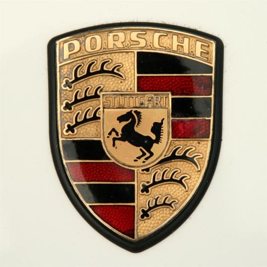 Love the detail in this Porsche emblem!