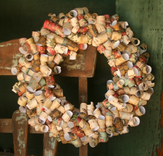 Vintage curly paper wreath